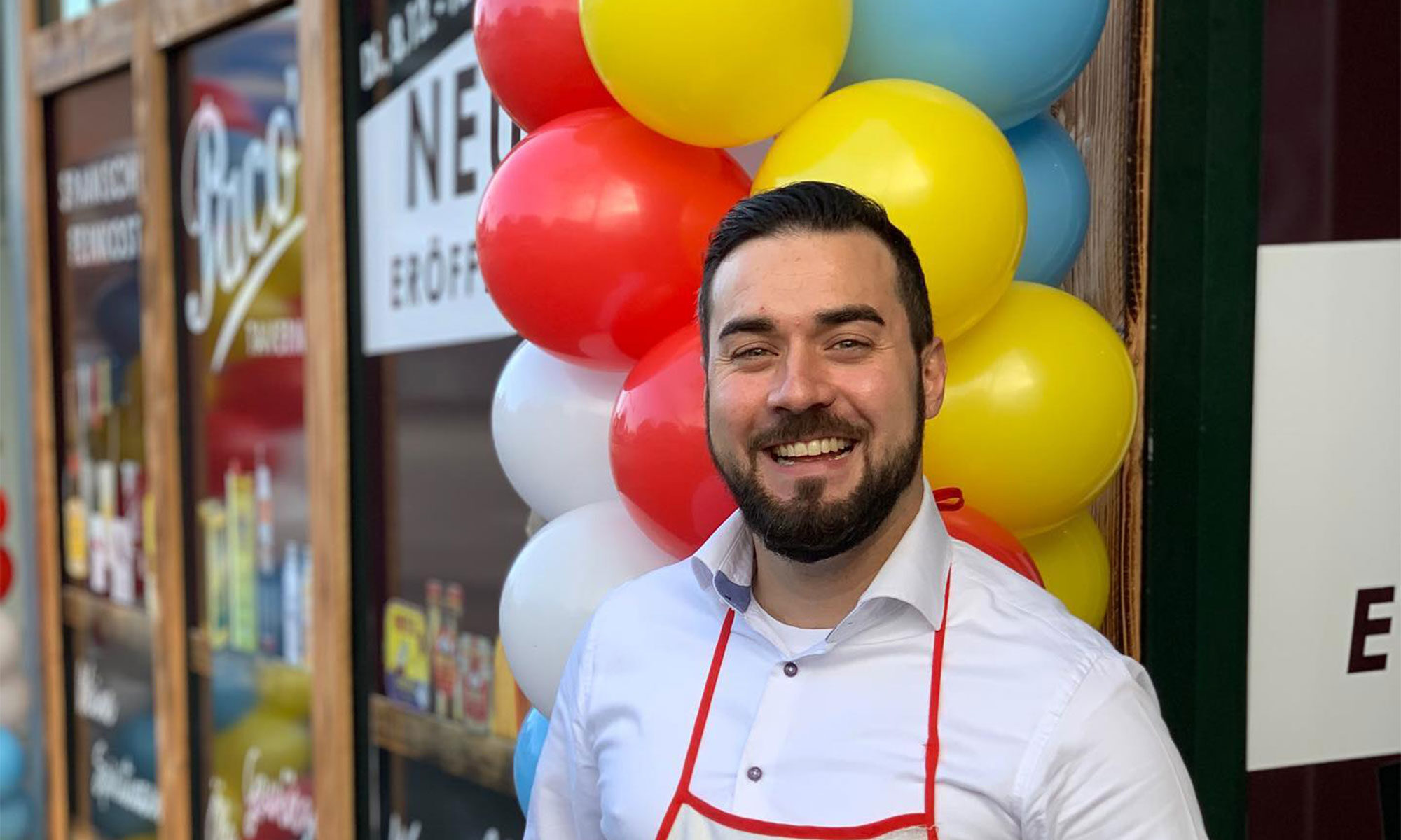 """Paco`s Taverne - Spanische Feinkost in Bremerhaven - Der Inhaber: José """"Paco"""" Iglesias"""